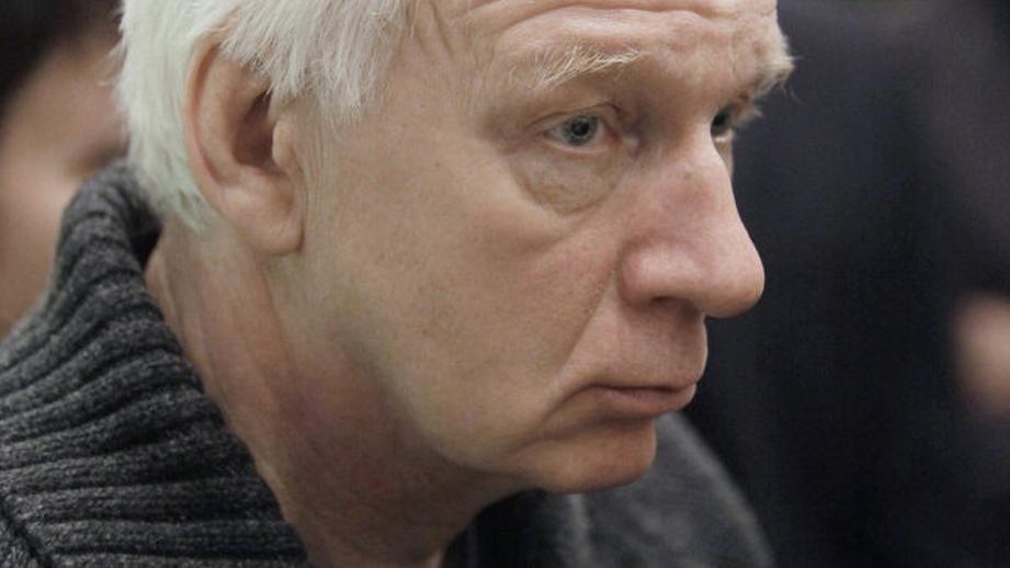 Неизвестный похитил неменее 700тыс.руб. ународного артиста Российской Федерации В.Носика