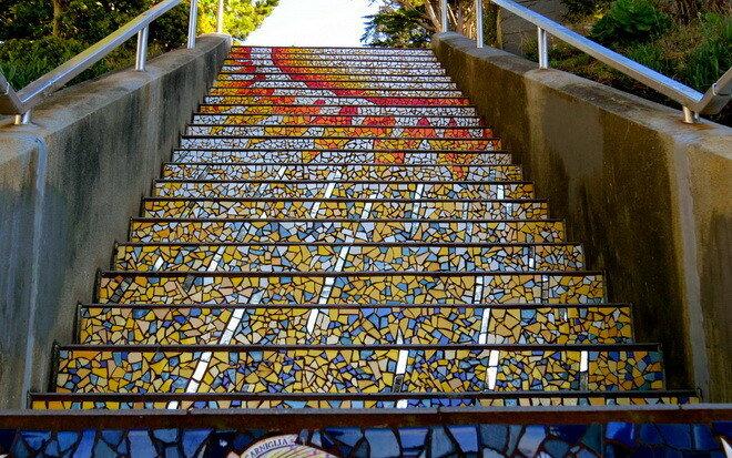 Мозаичная лестница в Сан-Франциско