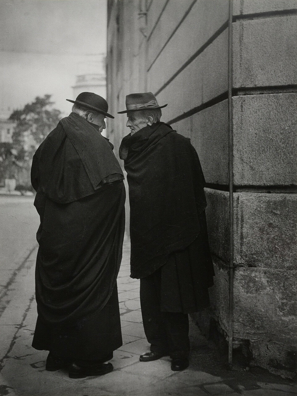 1950. Разговор, Мадрид