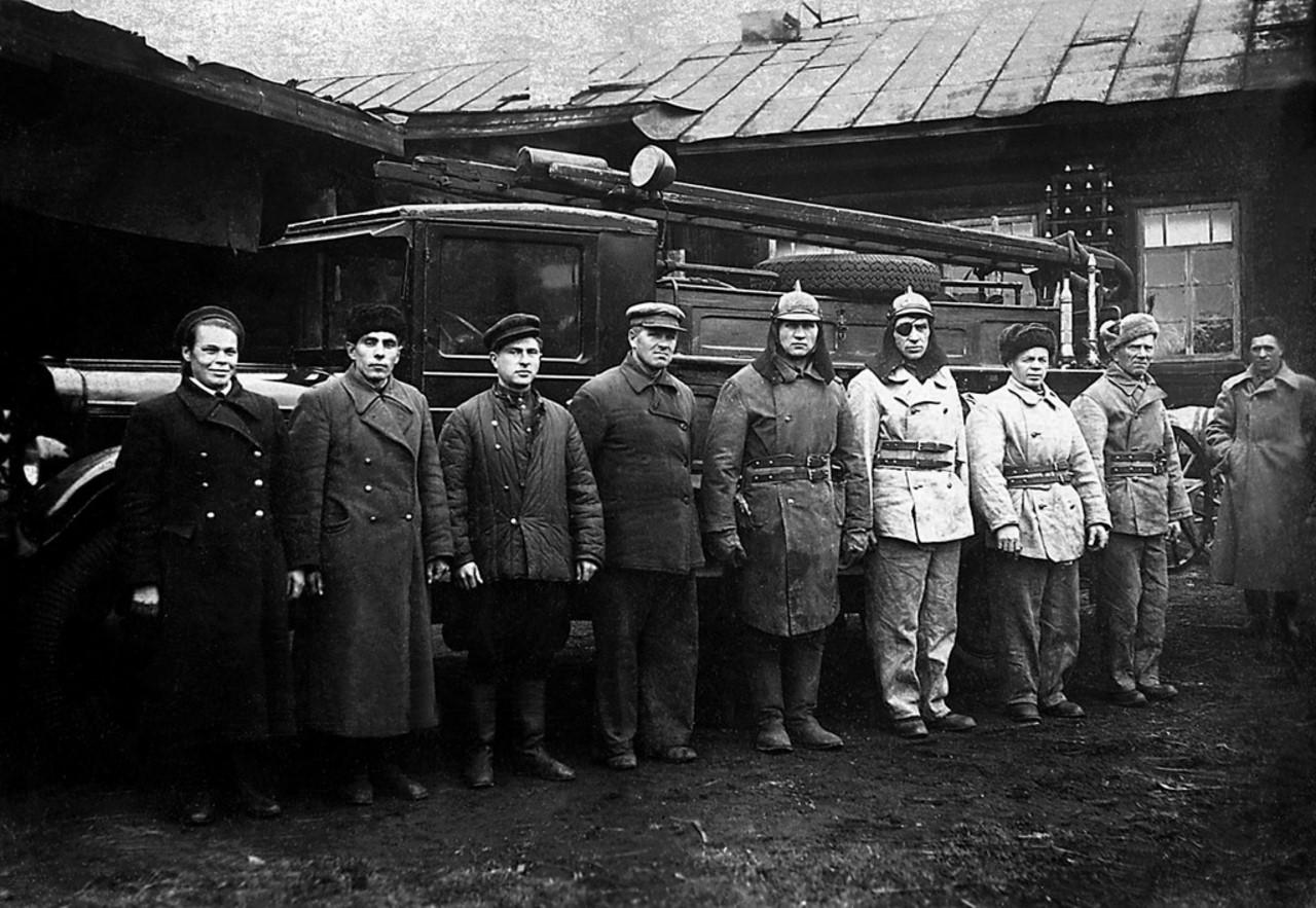 Сатка. Занятия в лагере Всевобуча завода «Магнезит» проводит товарищ Дементьев. 1942