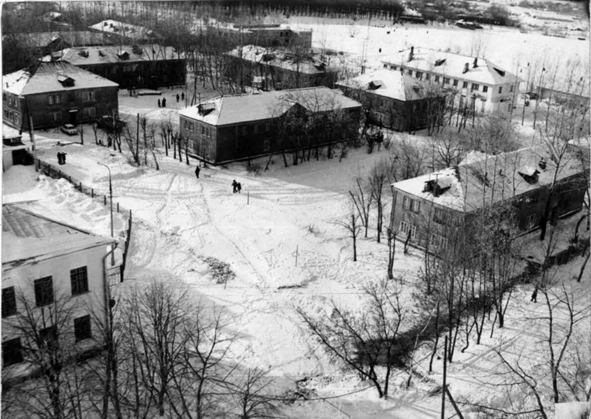 1979. Двухэтажки на улице Кирова