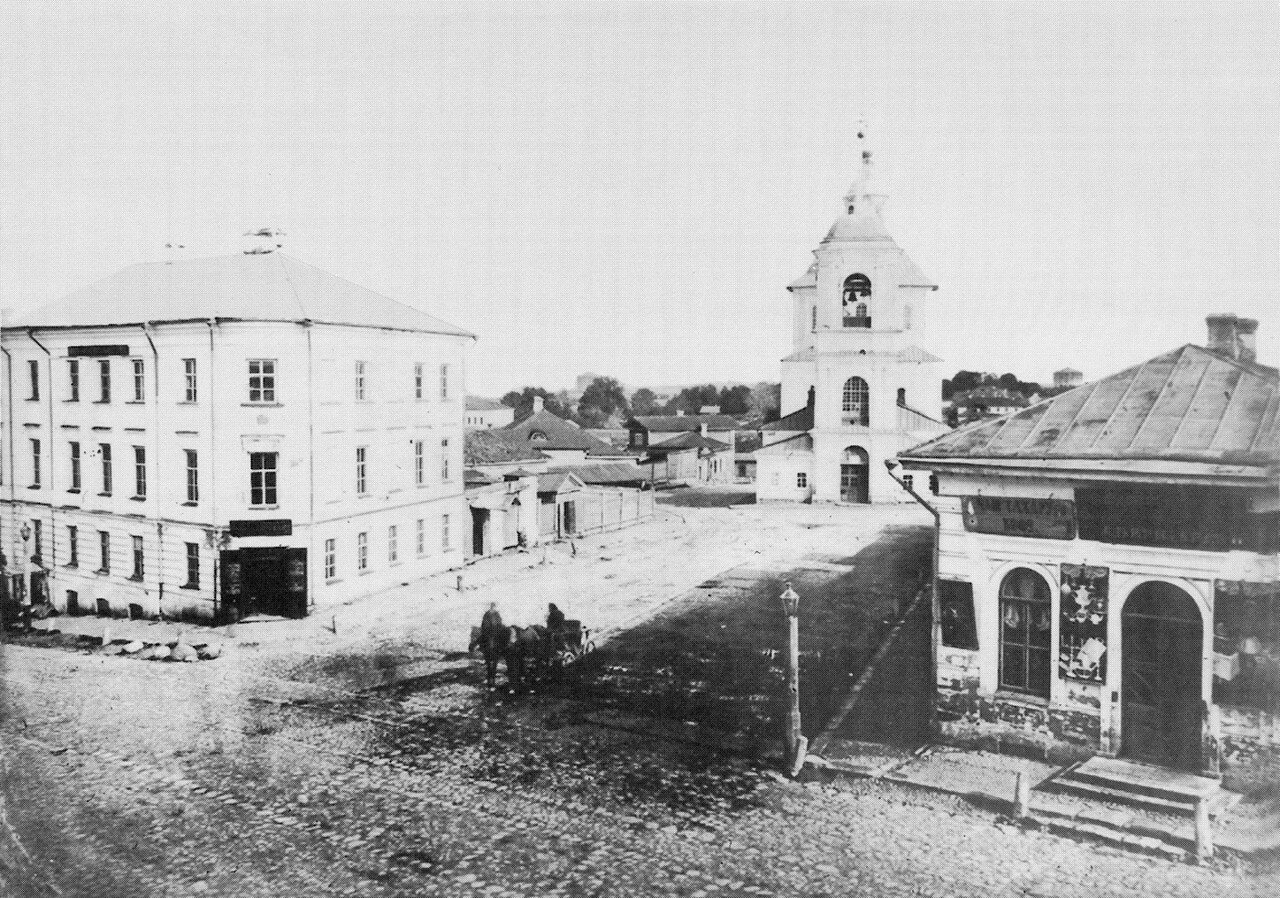 Перекресток Б. Благовещенской и М. Одигитриевской улиц. 1870-е