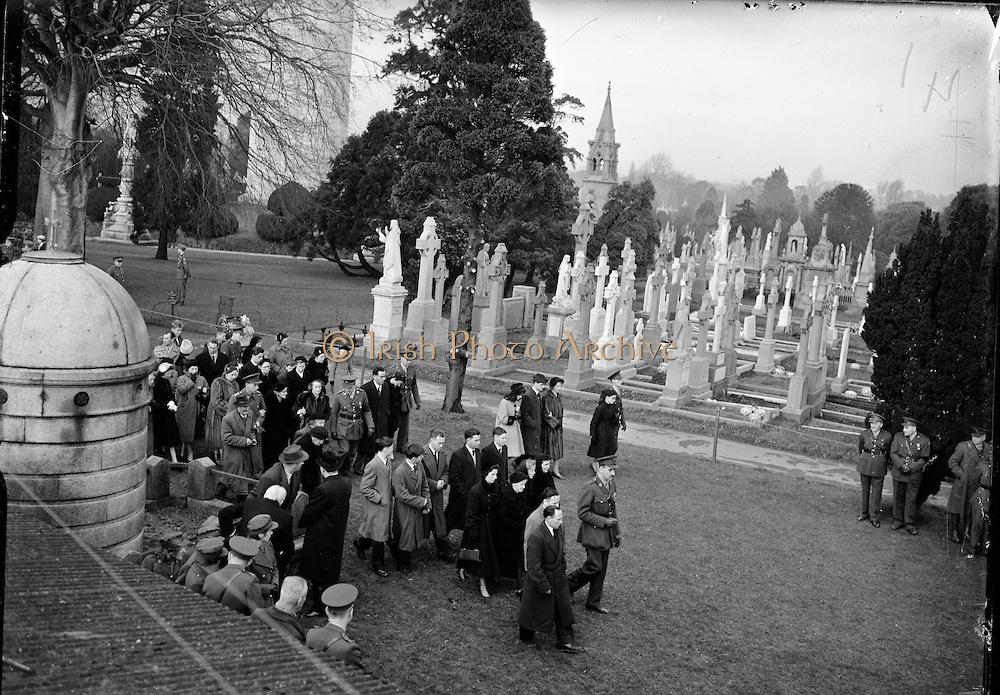 19-11-1960-Congo-Troop-Funerals-B654-7385.jpg
