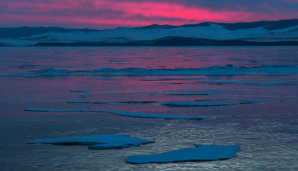 Байкал. Малое море. Рассвет