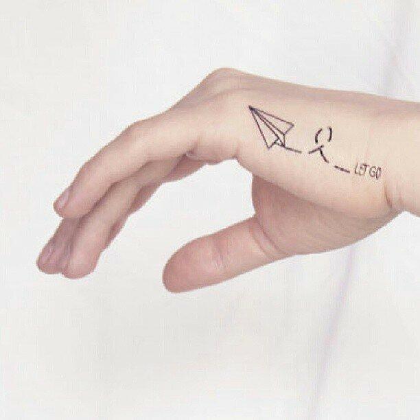 маленькие-татуировки-идеи-эскизы16.jpg
