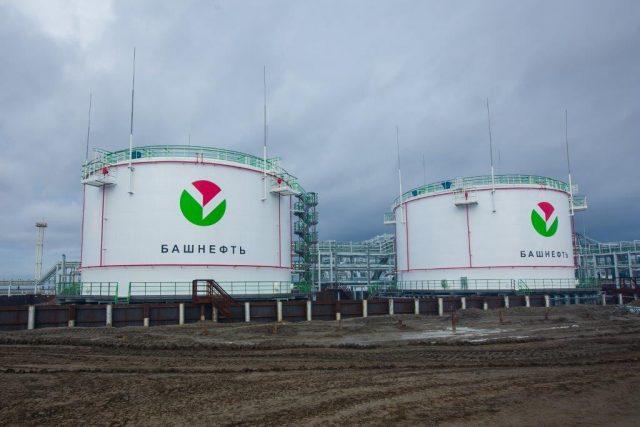 «Роснефть» преждевременно расторгает соглашение «Башнефти» с«Лукойлом» попоставкам