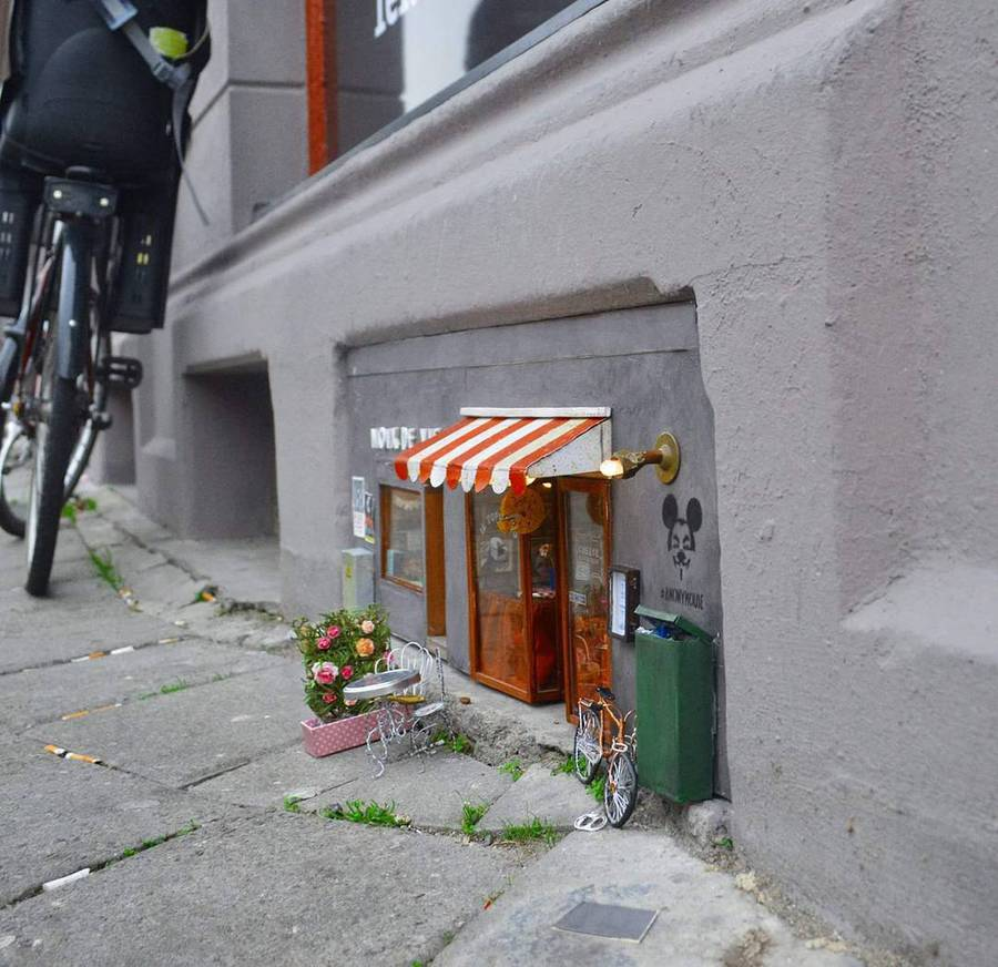 Cute Tiny Shops Created at the Bottom of Buildings