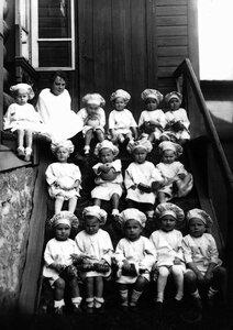Челябинск. Воспитанники дома ребенка. 1923
