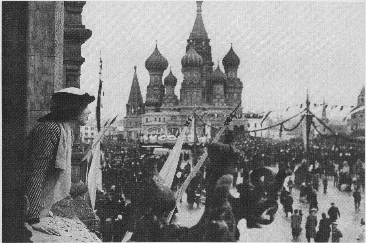 Крестный ход на Красной площади в дни празднования 100-летия Бородинского сражения. 30 августа 1912 года