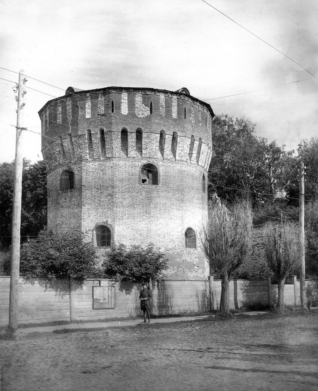 Громовая башня. 1918