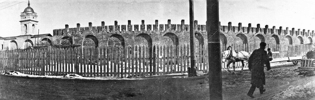 Панорама крепостной стены и Армянской улицы. 1902