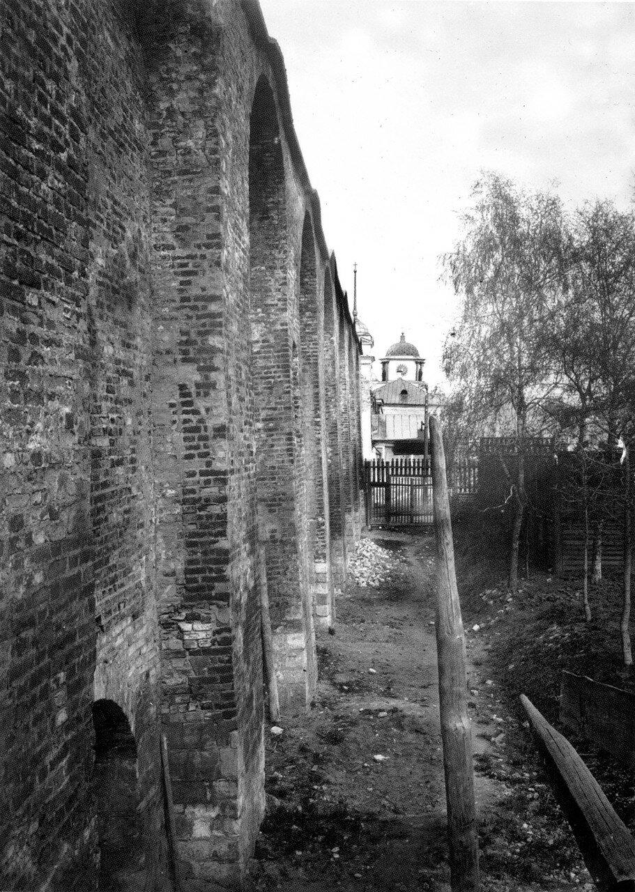 Трехсаженная охранная зонакрепостной стены у Троицкого пролома. 1909