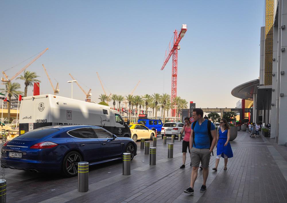 Dubai-Critic-(15).jpg