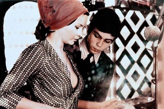 Декольте Россаны Подесты – Паоло Горячий (1973)