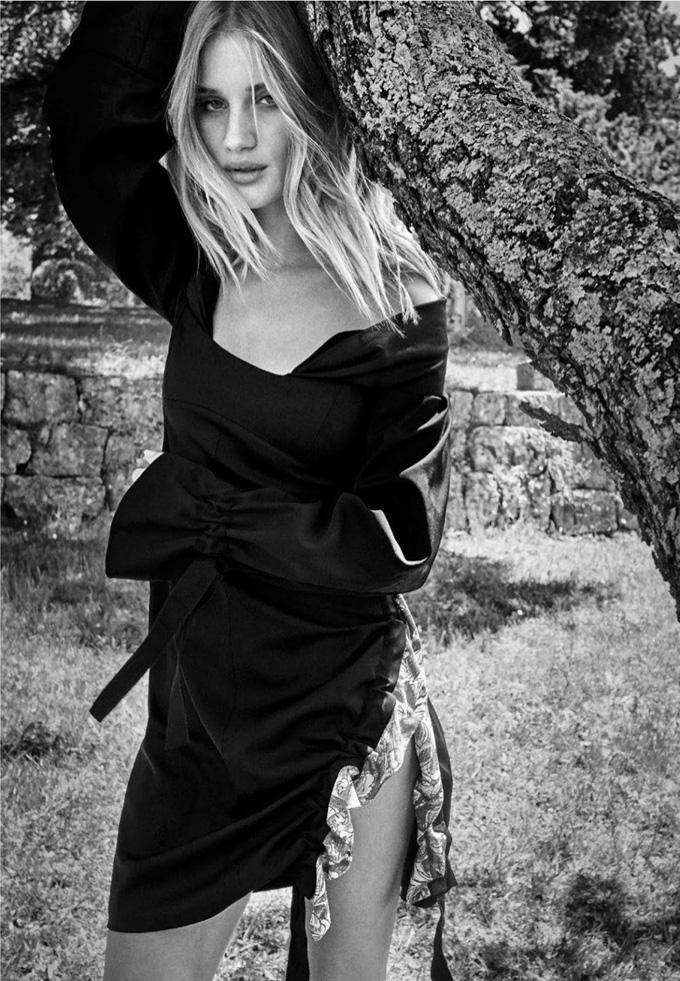 Рози Хантингтон-Уайтли в Harper's Bazaar