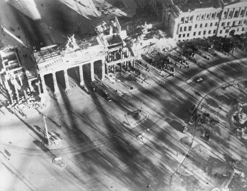 Послевоенный Берлин с высоты птичьего полета