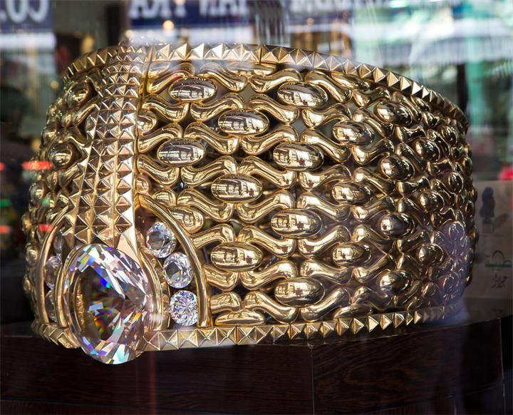 Najmat Taiba-самое большое в мире золотое кольцо!!!!!!!! (5 фото)