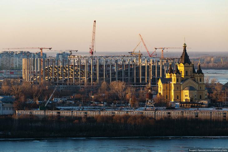 Чемпионат мира по футболу 2018: строительство стадиона в Нижнем Новгороде (24 фото)