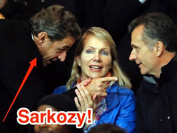 А здесь — с бывшим президентом Франции Николя Саркози в 2015 году.
