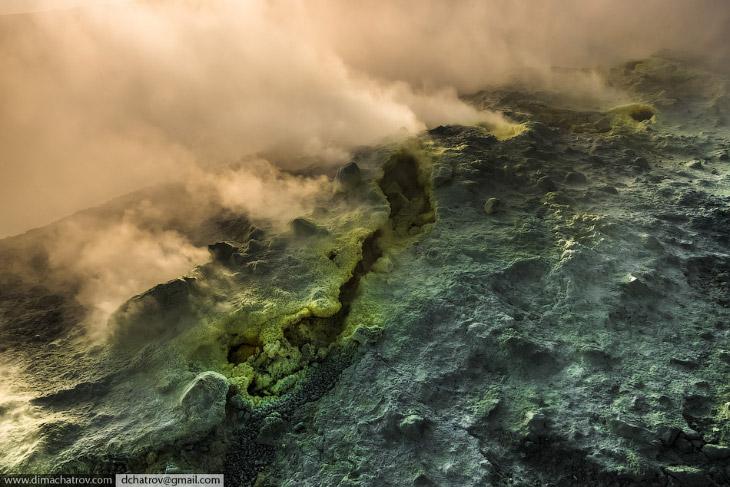 Дымок из преисподней (16 фото)