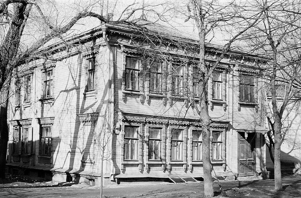 1974. Дом 2 по Сокольнической Слободке у пересечения с Сокольническим валом
