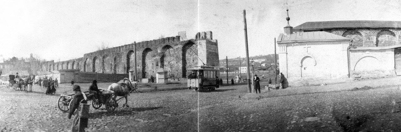 Панорама Немецкой и Армянской улиц у Троицкого пролома. 1902