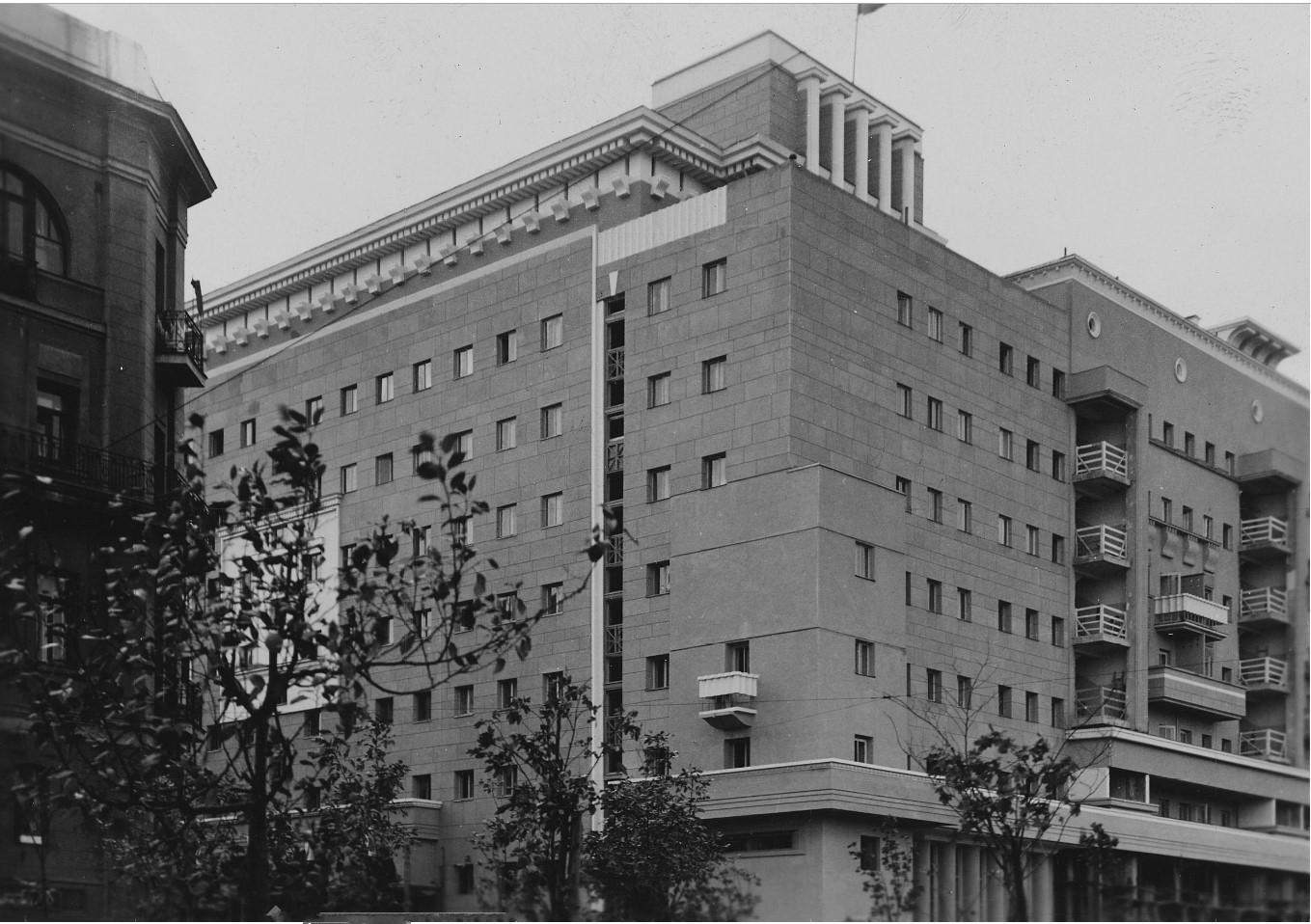 1930-1935. Большая Сухаревская площадь, дом № 14