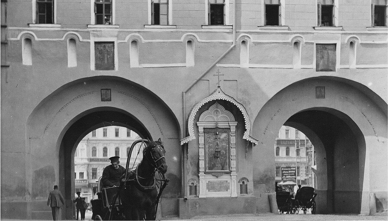 Воскресенские Ворота (фрагмент