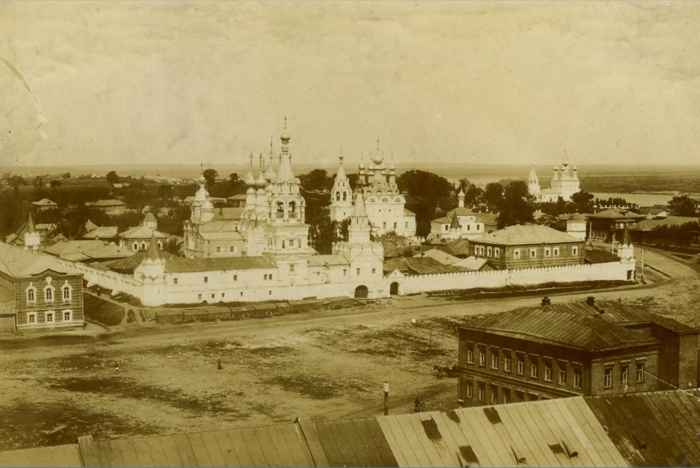 Ансамбль Троицкого и Благовещенского монастырей. 17 июня 1902