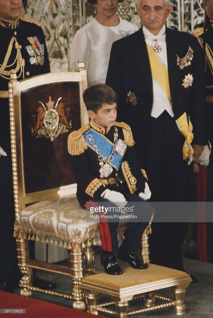 1967 Crown prince Reza Pahlavi.jpg