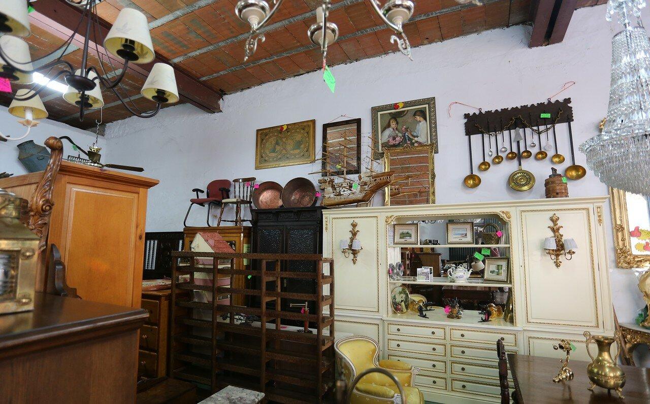 Guadalupe. La Galería antique shop