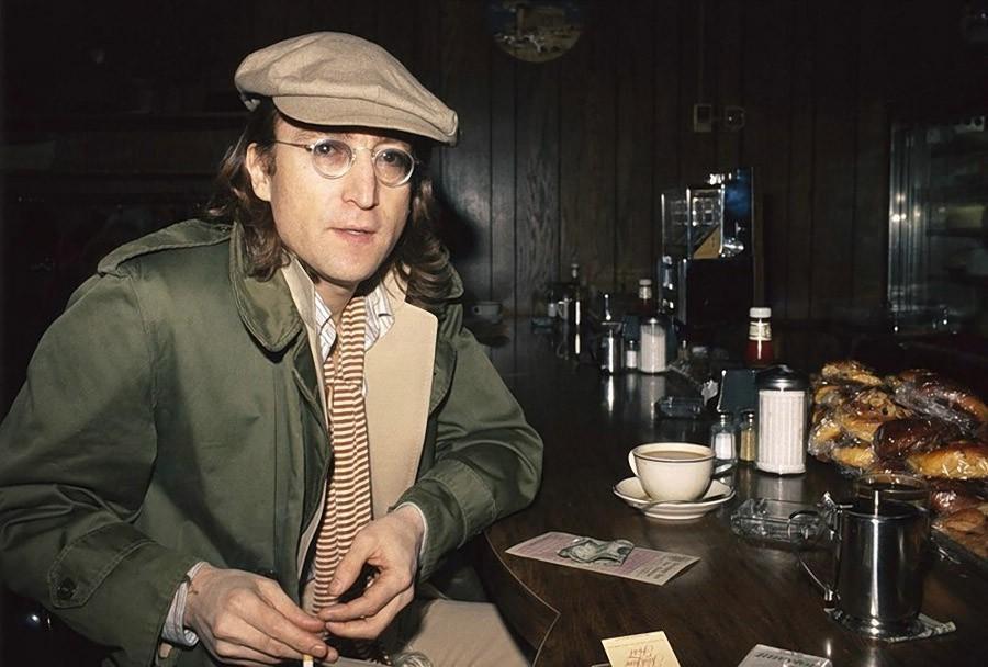 22. Джон Леннон, 1975.