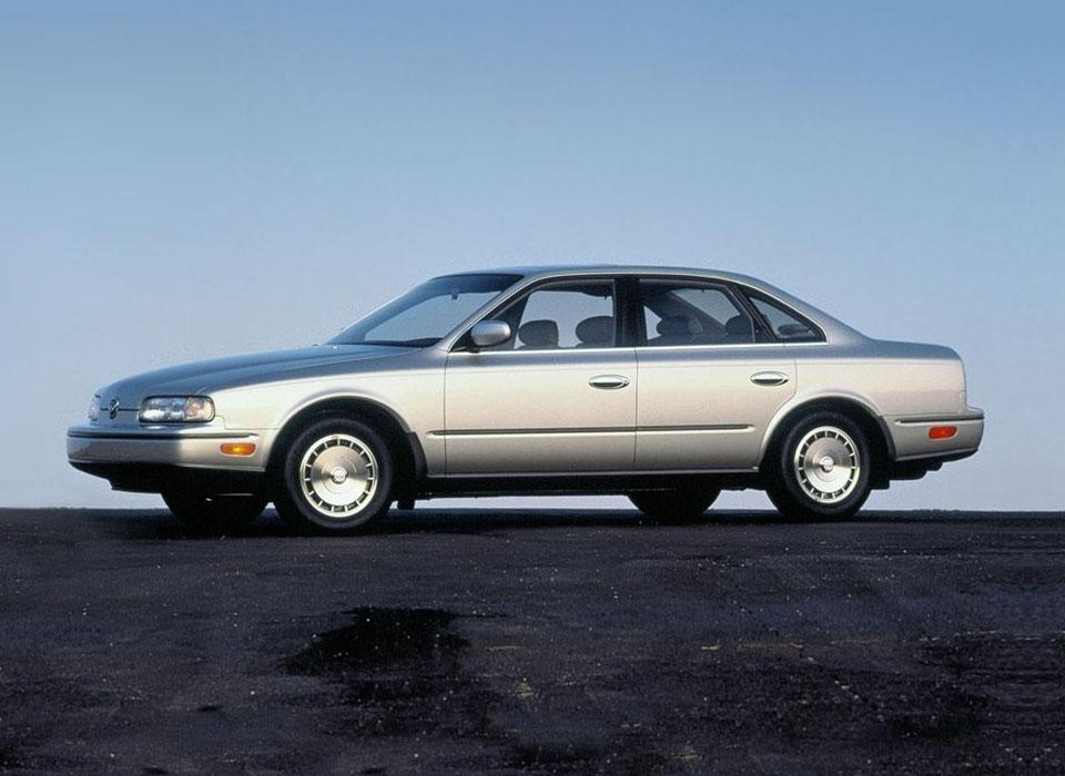 16. Infiniti Q45 (1989) Первый в истории автомобиль этого японского премиум-бренда представлял собой