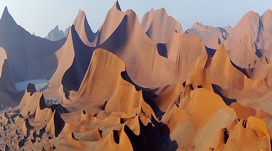 8. Намиб, республика Намибия Название можно перевести, как «место, где ничего нет». Эта старая пусты