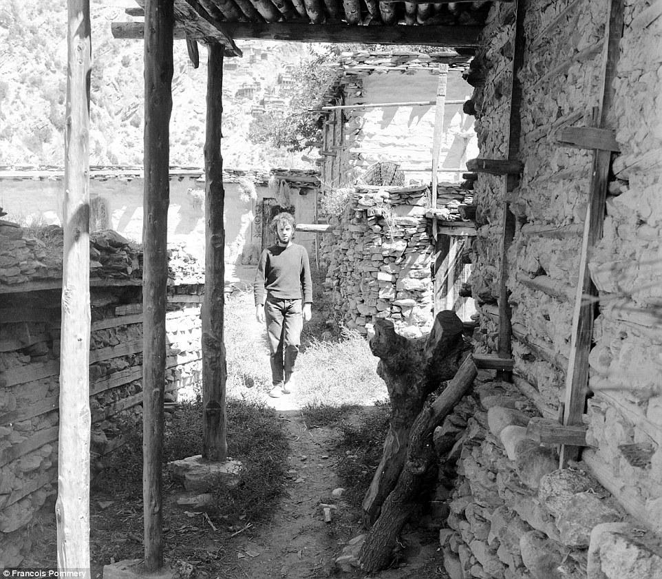 Франсуа Поммери в Нуристане, 1969 год.