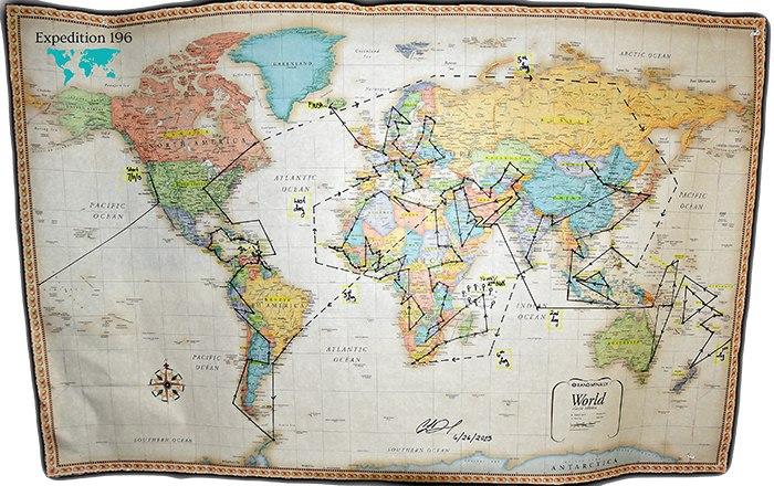 Девушка посетила все страны нашей планеты!