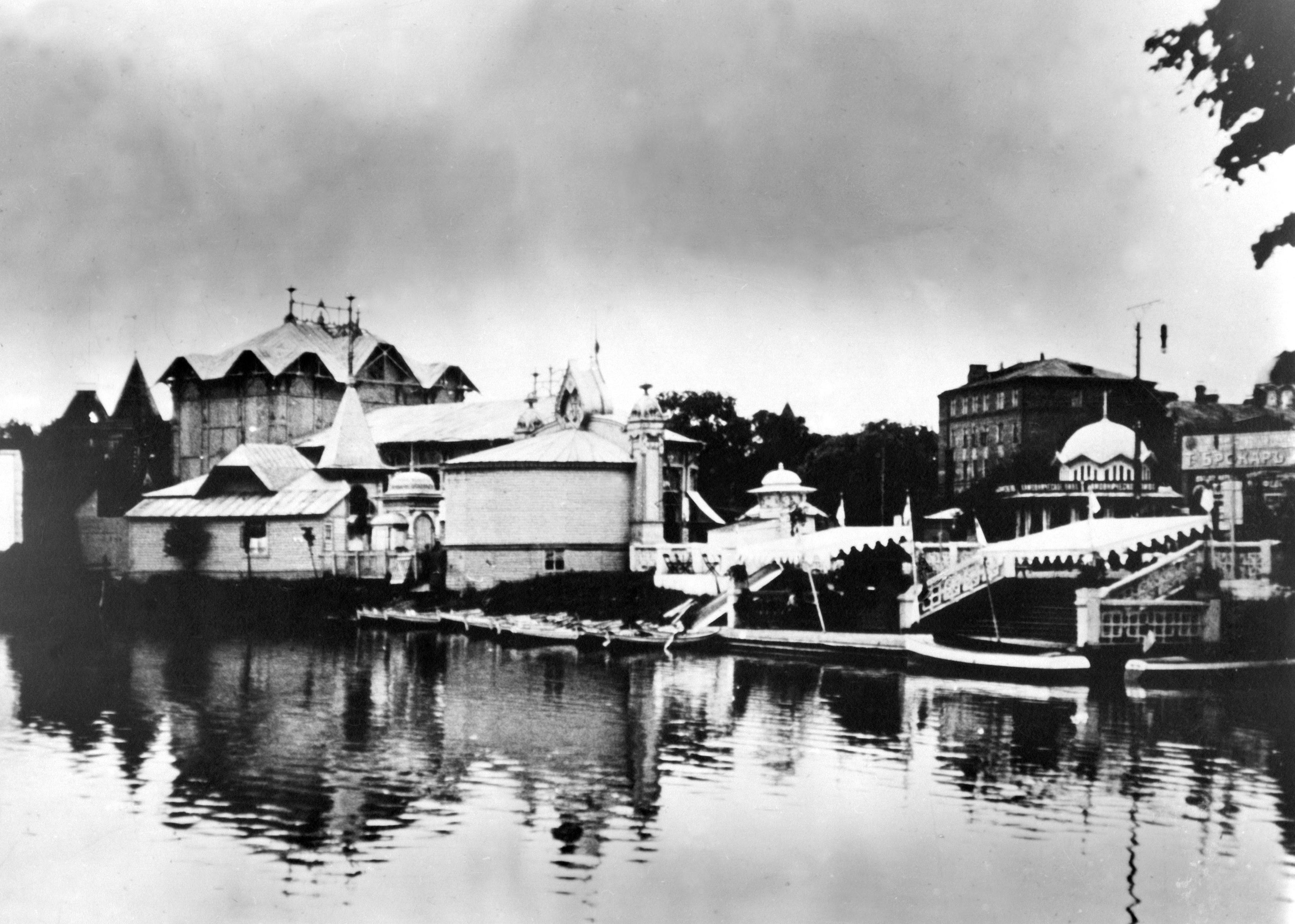 Пруд с лодочной станцией, конец XIX века. Фото: архив Московского зоопарка. В 70-е и 80-е годы из-за