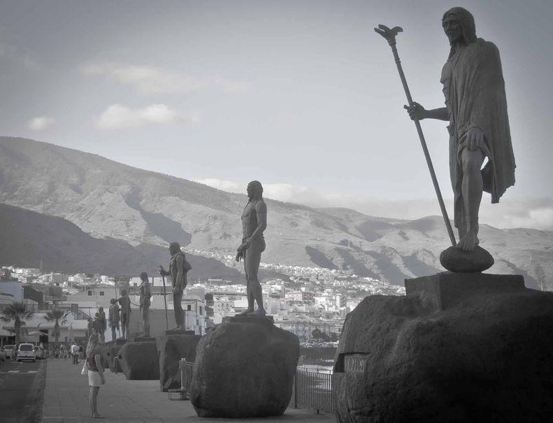 14. Гуанчи Гуанчи — аборигены Тенерифе. Тайна того, как они оказались на Канарских островах, до сих