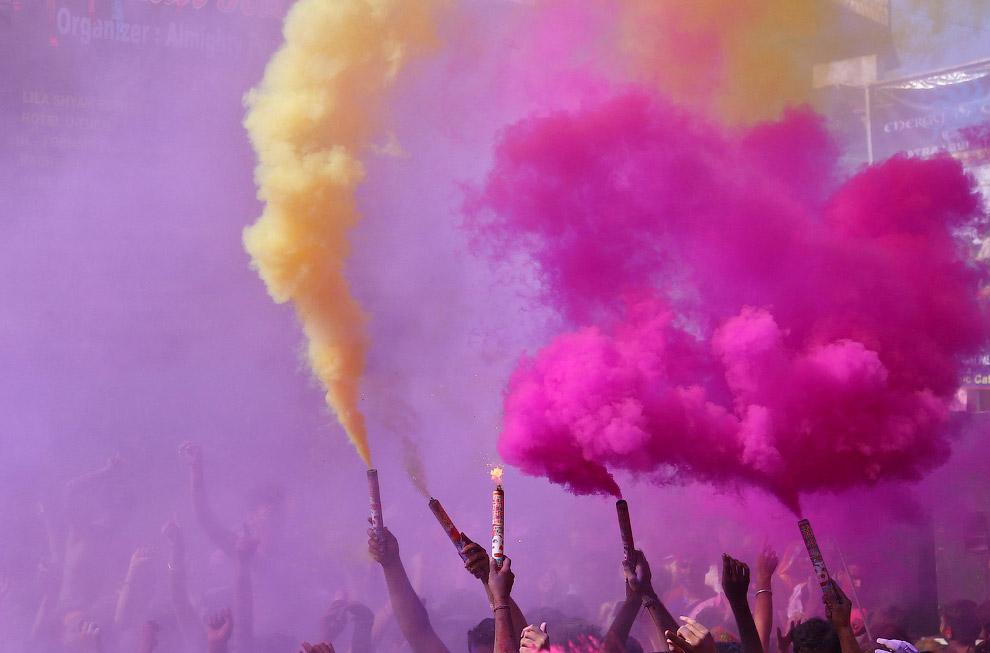 6. Холи 2017 в Ченнае. (Фото Arun Sankar):