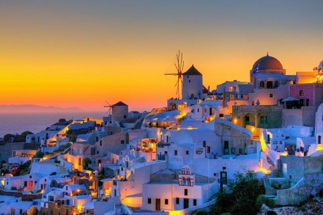 Греция — одно из тех государств, которые практически всегда выдают визы россиянам. Летом министерств