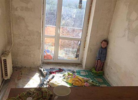 ВКиеве родители замуровали 3-х летнего ребенка вкомнате— чудовищные условия