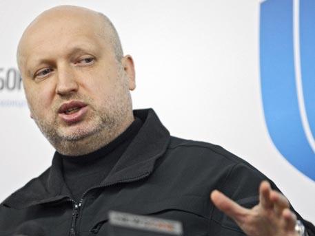 Воздушное пространство Российской Федерации кончается посередине Керченского пролива— Александр Турчинов