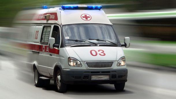 ВХерсоне взрывное устройство повредило три окна отделения банка, никто непострадал