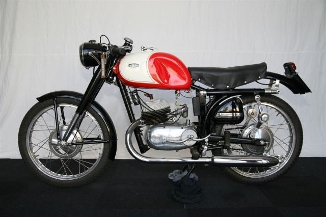 Коллекция итальянских мотоциклов продадут с онлайн-аукциона