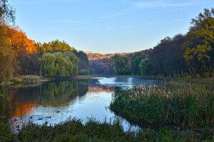 Осенний вечер на Ореховатских прудах