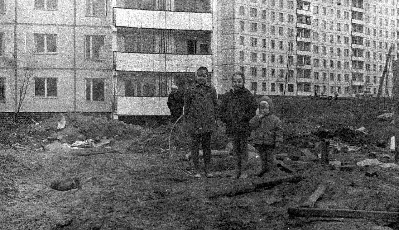 1973. Возле дома 6 корп. 3 по 2-му Дорожному проезду