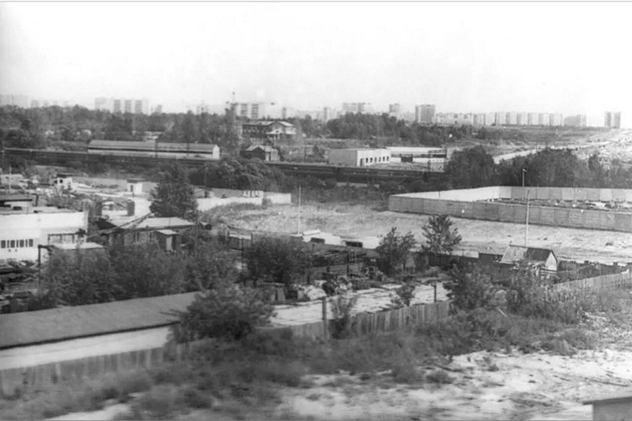 1979. Ул. Дорожная д.56-58