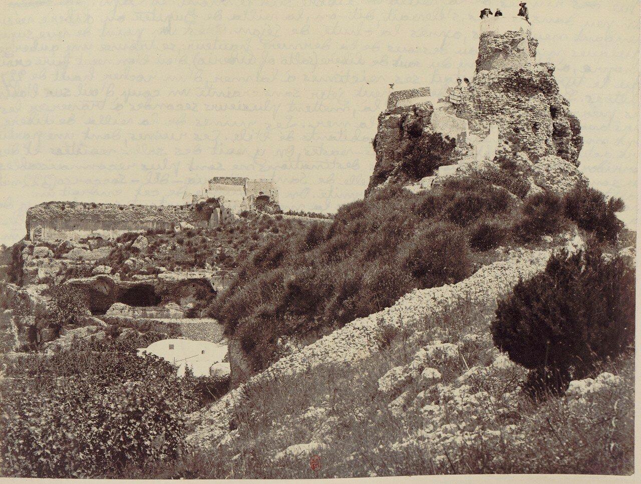 Капри. Руины виллы Тиберия на горе Ло Капо