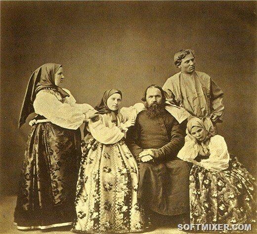 Англичанин Джон Паркинсон отмечал, что русские крестьяне одеваются намного  лучше, чем простой народ в Италии. А во время заграничных походов русской  армии ... fc905e0267a