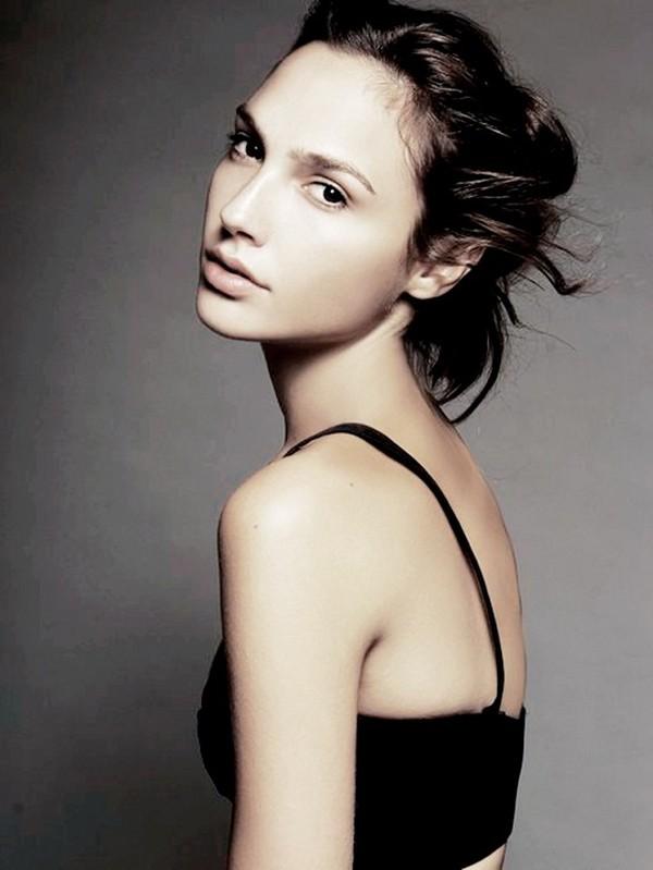 31-е место: Галь Гадот / Gal Gadot — израильская актриса и модель, «Мисс Израиль — 2004». Родилась 3